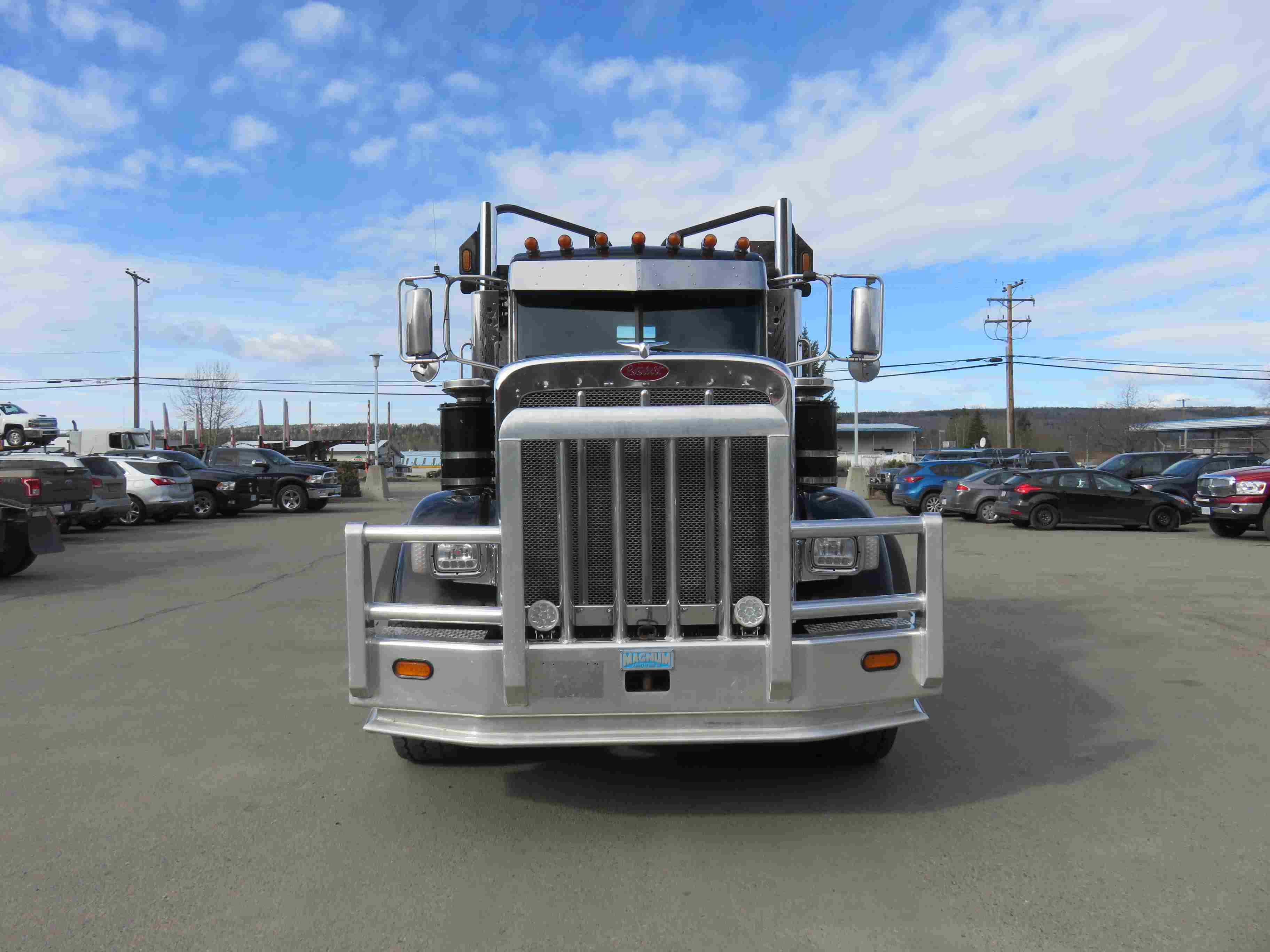 2015 Peterbilt 367 Ext Day Cab 550HP Tri Drive with Full Lockers
